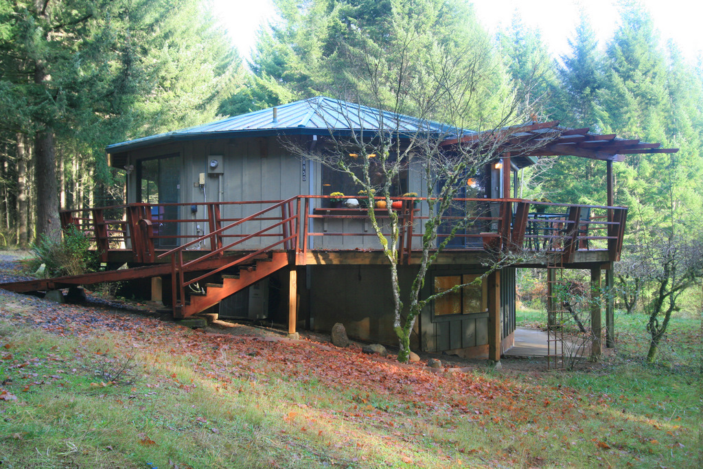 A Round House in the Oregon Forest just beyond Oregon City